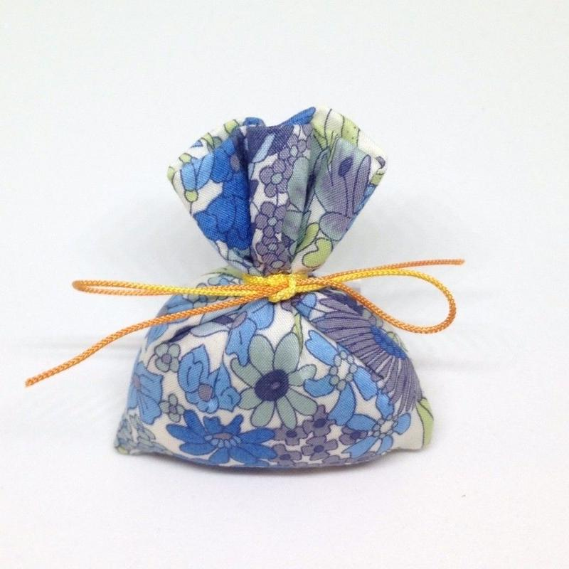 香り袋「あい」古典系の香り 8