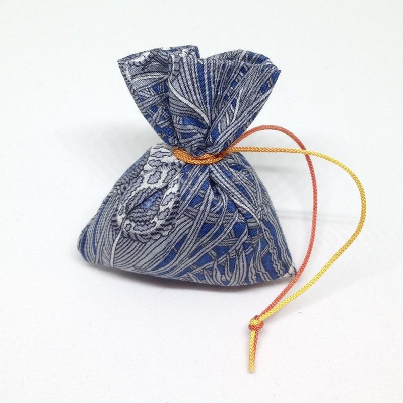 香り袋「あい」古典系の香り 9