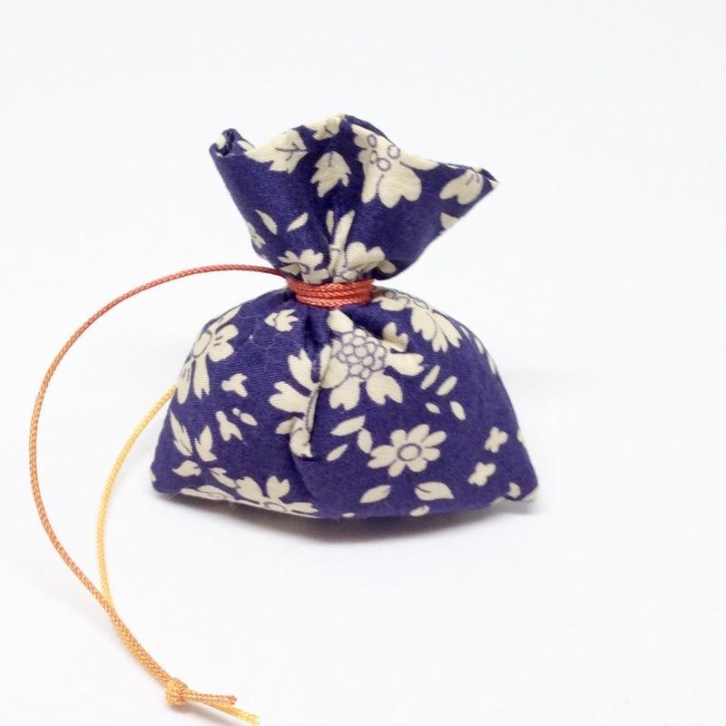香り袋「あい」古典系の香り 7