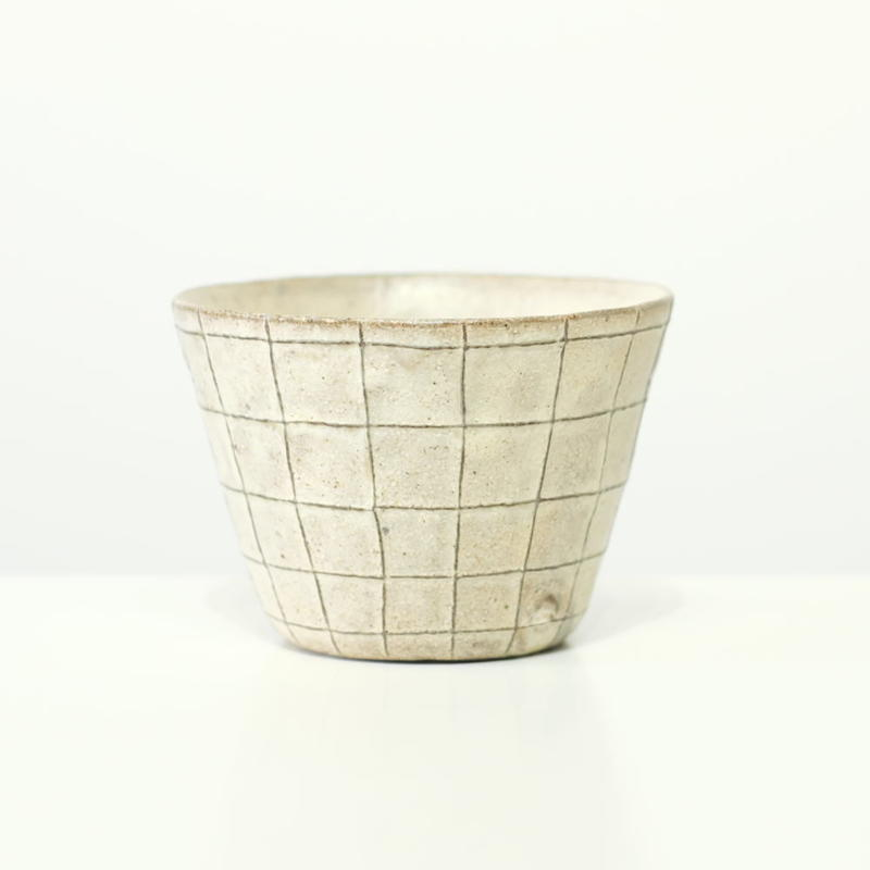 鈴木 進 粉引線紋フリーカップ(格子模様)