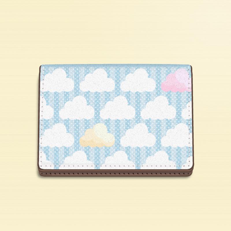 【カードケース】ズレぱんだちゃんのいないイチゴ雲の風景