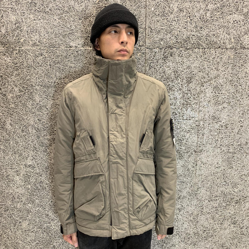 STONE ISLAND  MICRO REPS WITH PRIMALOFT® INSULATION TECHNOLOGY    41726 KHAKI