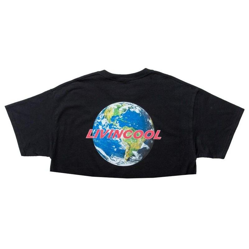LIVINCOOL WORLD LOGO BLACK CROP TOP