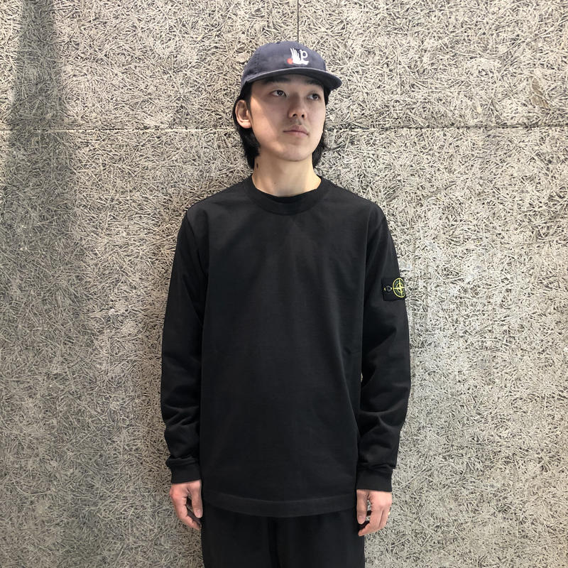 STONE ISLAND LIGHT WEIGHT SWEATBLACK 62150