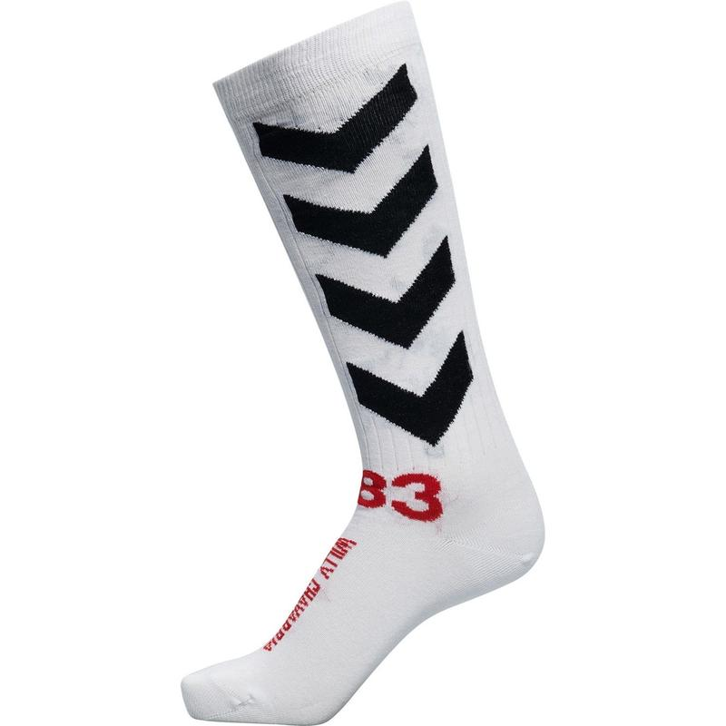 WILLY CHAVARRIA × HUMMEL  SPORTS SOCKS