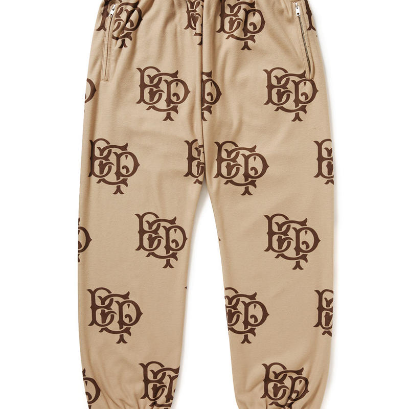 BLACK EYE PATCH  EMBLEM FLEECE PANT KHAKI