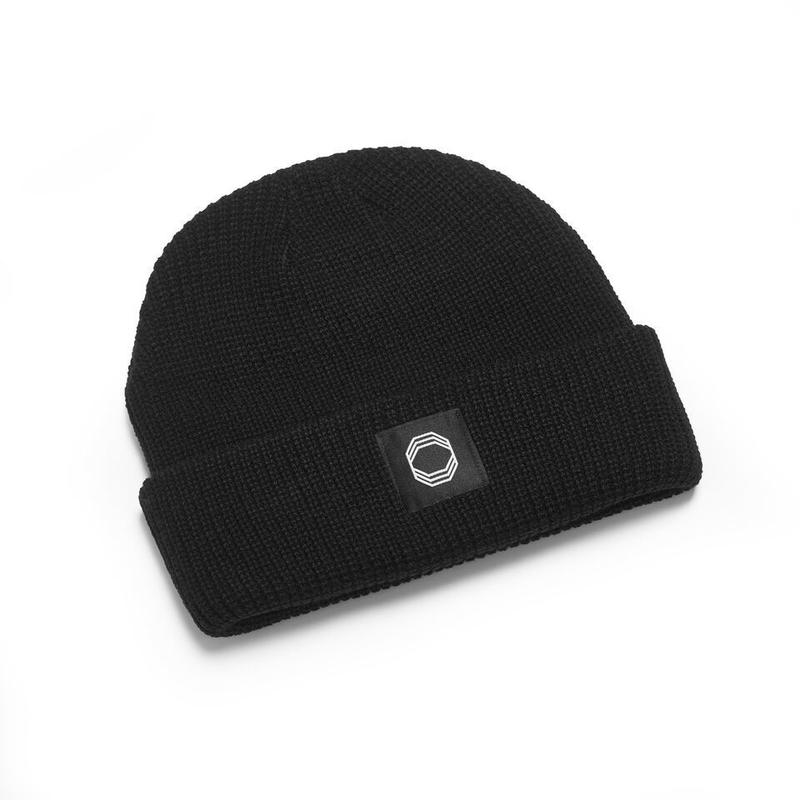 ÖCTAGON PATCH BEANIE BLACK