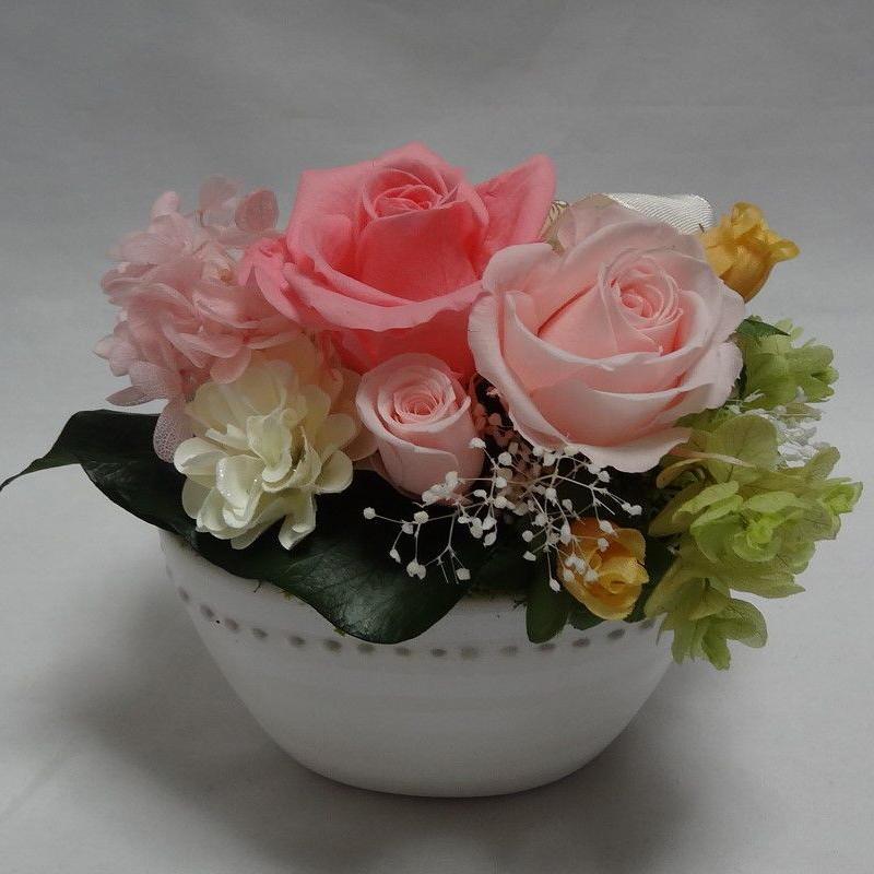 プリザーブドフラワー・ピンクのバラ
