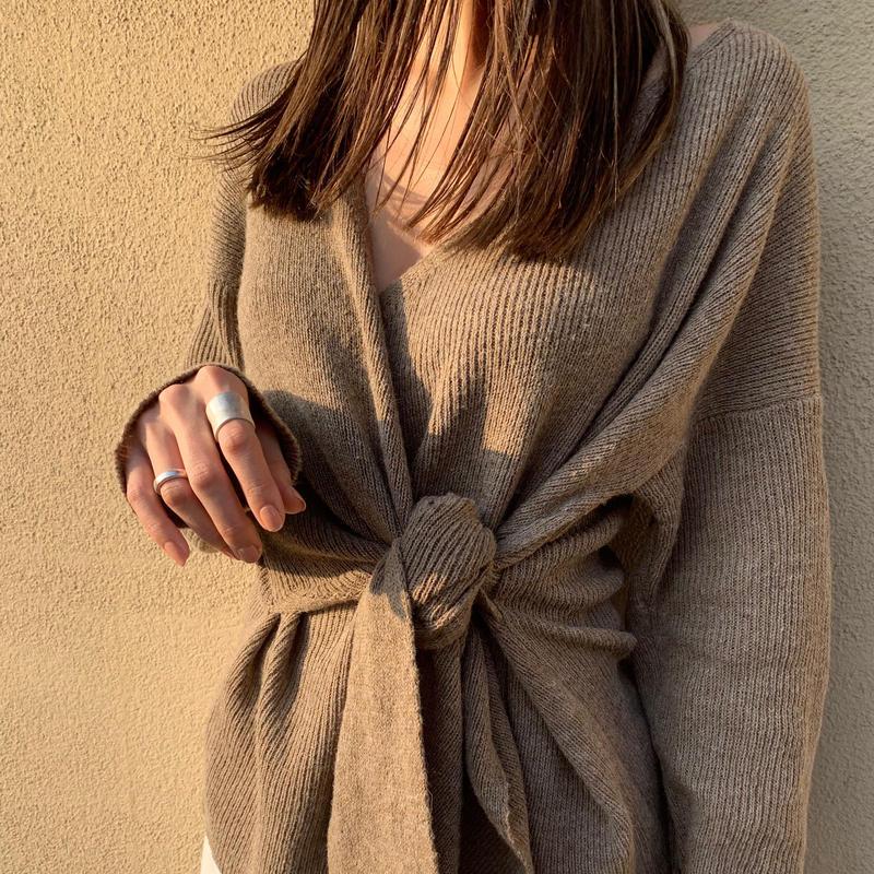 -mocha- v neck knit