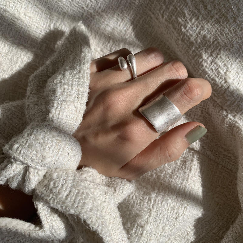 matte shield ring -silver-