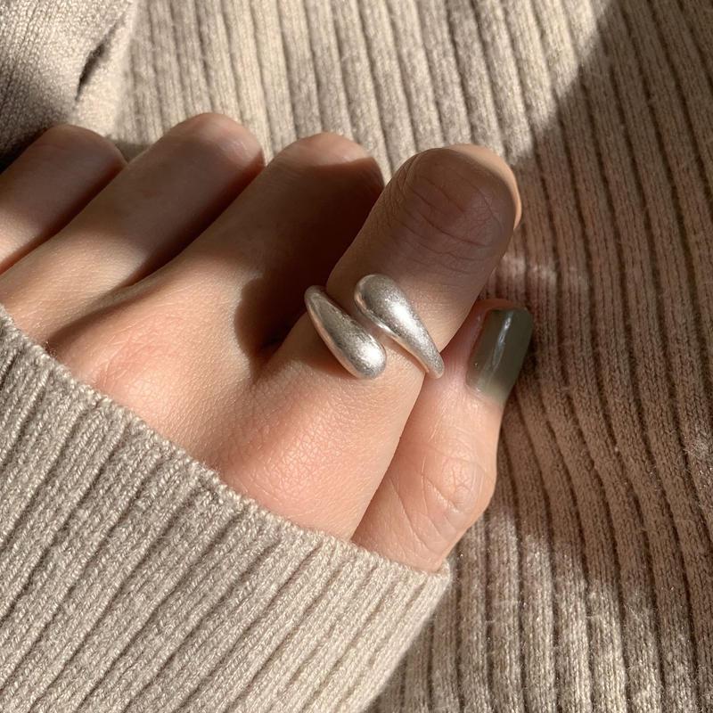 matte volume twist ring -silver-