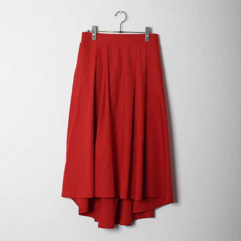 フィッシュテールタック入りスカート