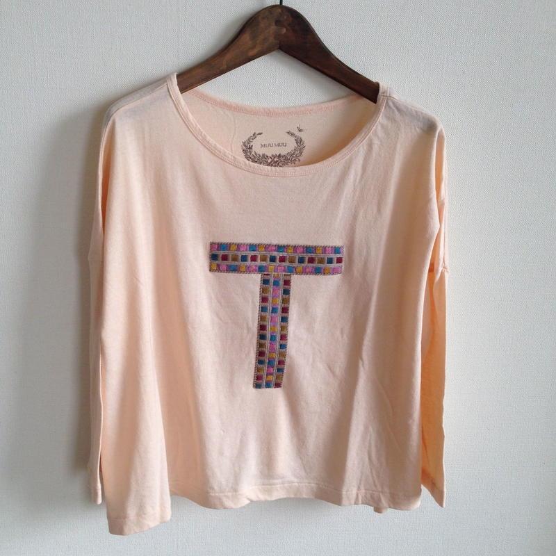 MUU MUU 大人『T』オーガニックTシャツ