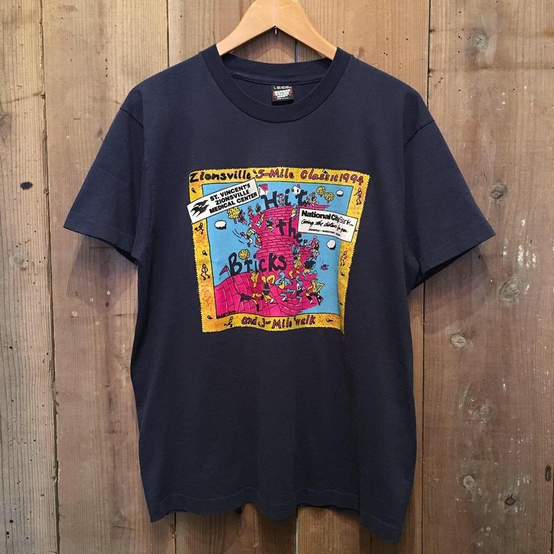 90's SCREEN STARS Hit The Bricks Tee