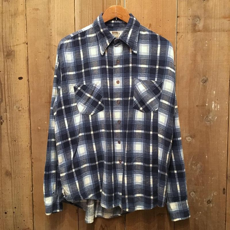 70's MONTGOMERY WARD Printed Flannel Shirt