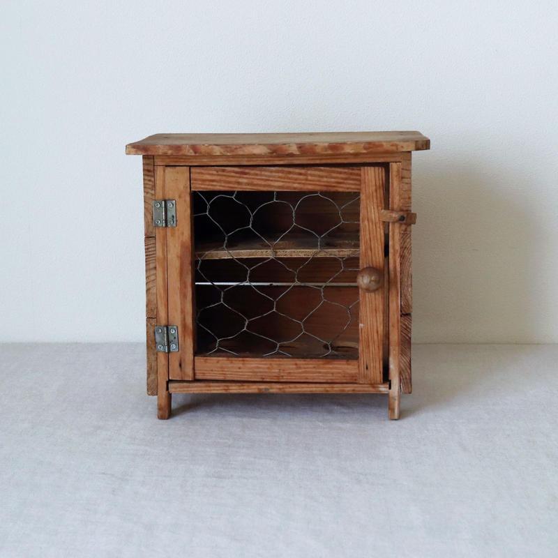木製のエッグスタンド