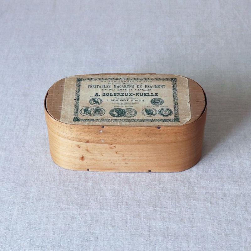 マカロンの木箱