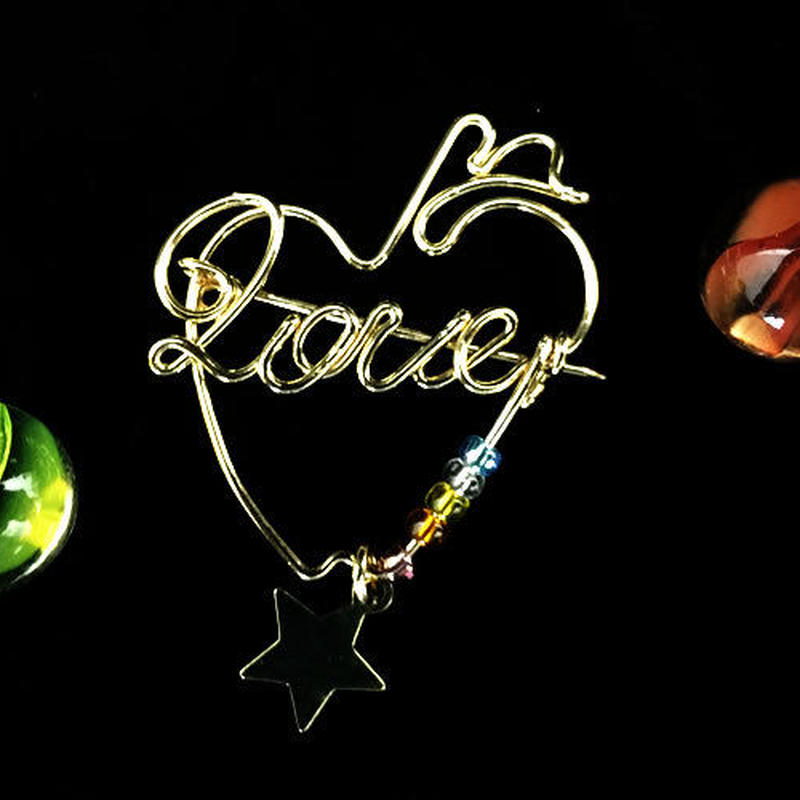 """ブローチ DUECCEL """"LOVE"""" P027"""