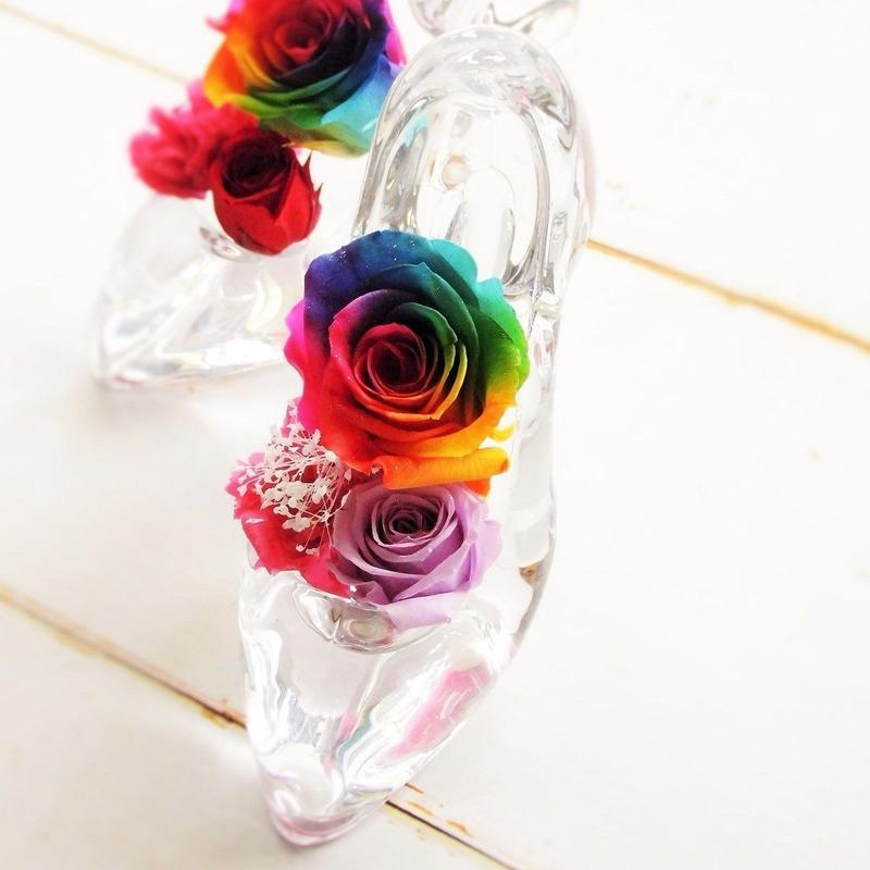 [当店人気商品]プリザーブドフラワー レインボーローズ ガラスの靴 願いが叶う靴 誕生日 プロポーズ 母の日 ブライダル 結婚式 リングピロー ギフト 贈り物