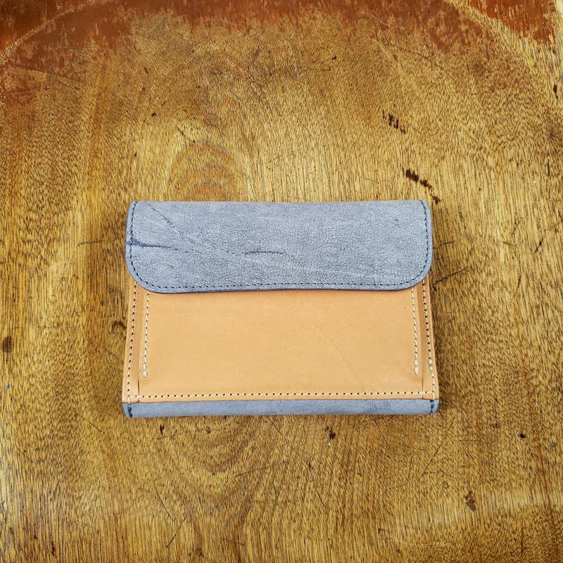 22.outside pocket middle wallet
