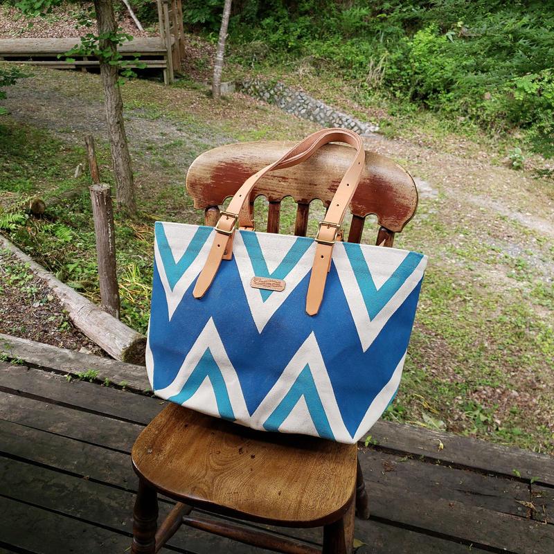 38.gemetric tote bag C