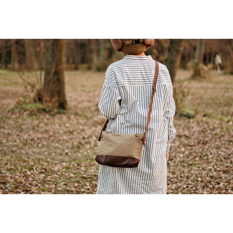 【THE SUPERIOR LABOR 】leather bottom shoulder bag L