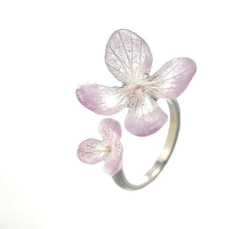 アジサイ【スミレグラデーション】ふたつの花弁のオープンリング