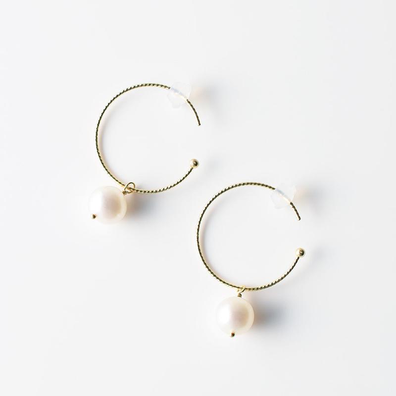 ピアス/淡水真珠