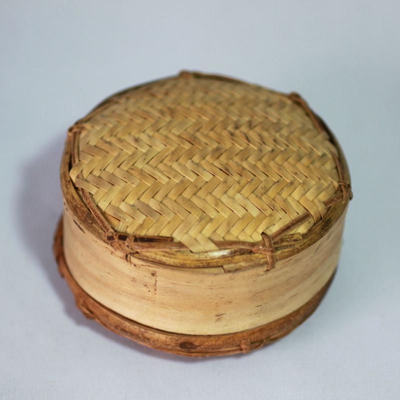 D573 シヌウパン 直径7.5 x 高さ5 cm
