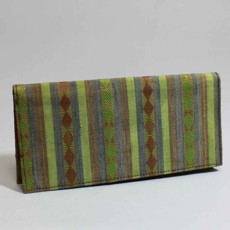 F633 シヌルアンの財布 19 x 9.3cm