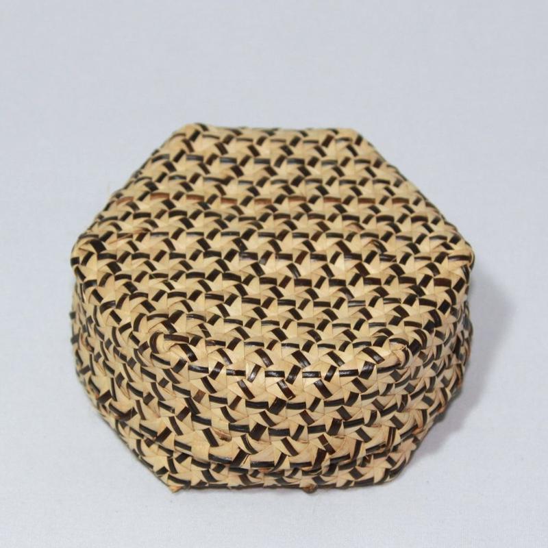 D961 ブオンブオン 直径11 x 高さ5 cm