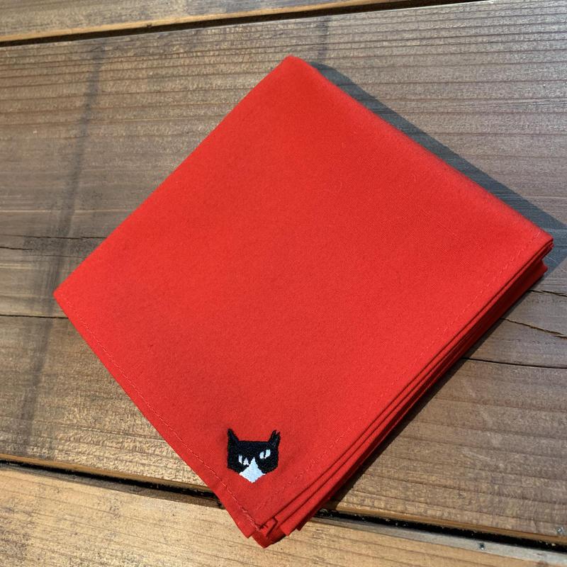 NECOREPA 刺繍ハンカチNo22 レッドハチワレ