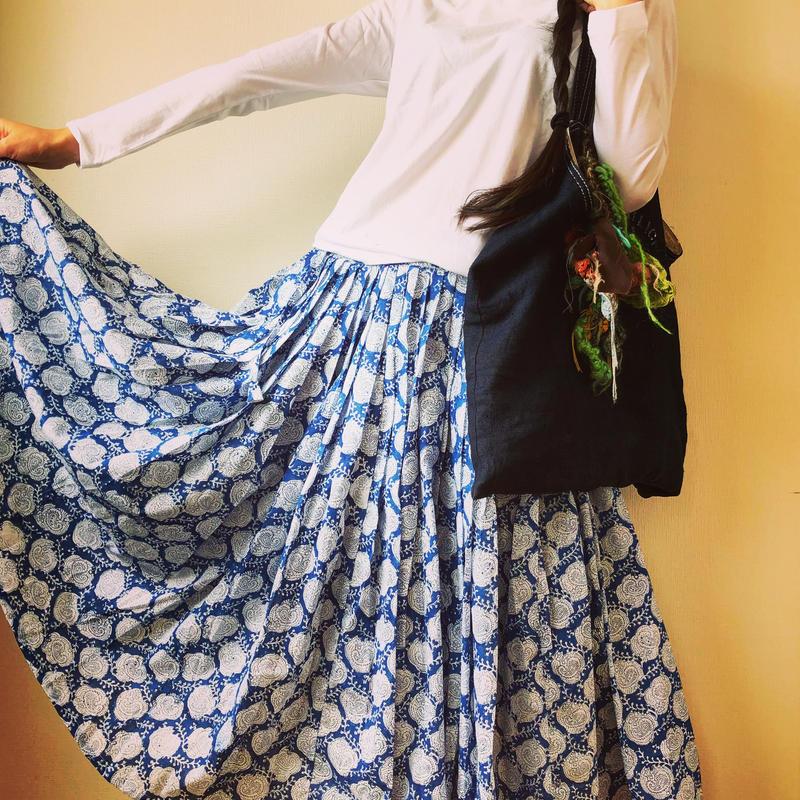 ブロックプリントロングスカート blue