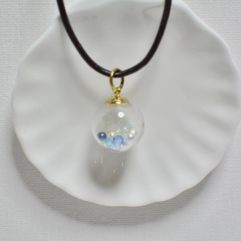 ガラスドーム  ペンダント D(アクアマリン×ゴールド)