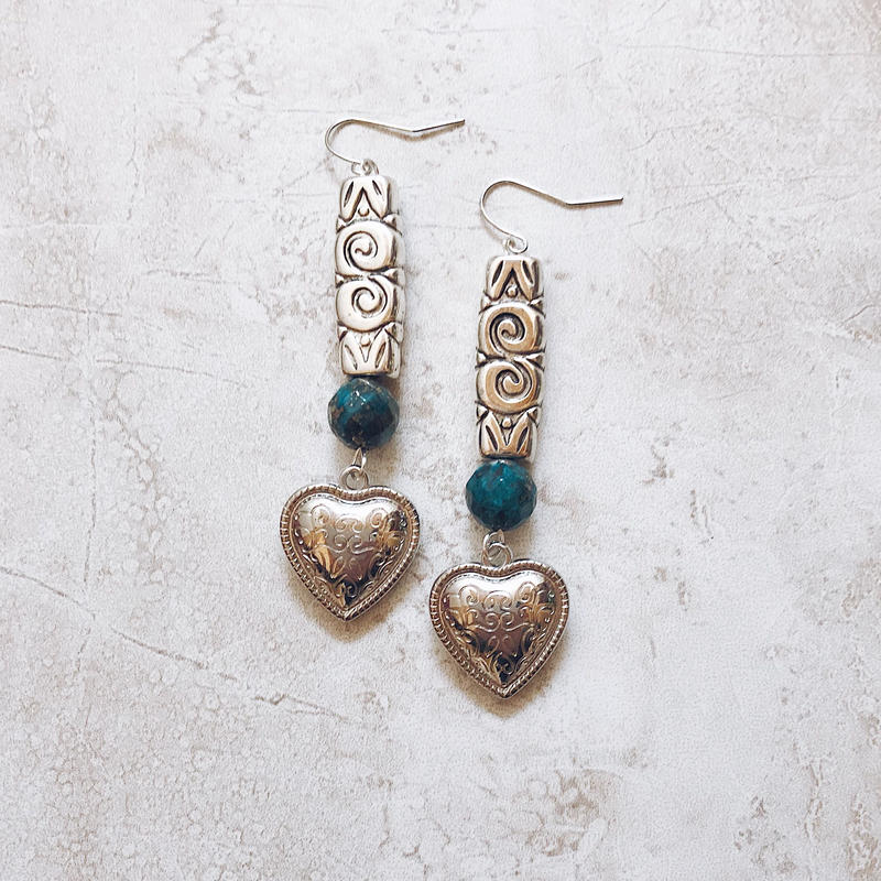 blue stone silver heart pierce
