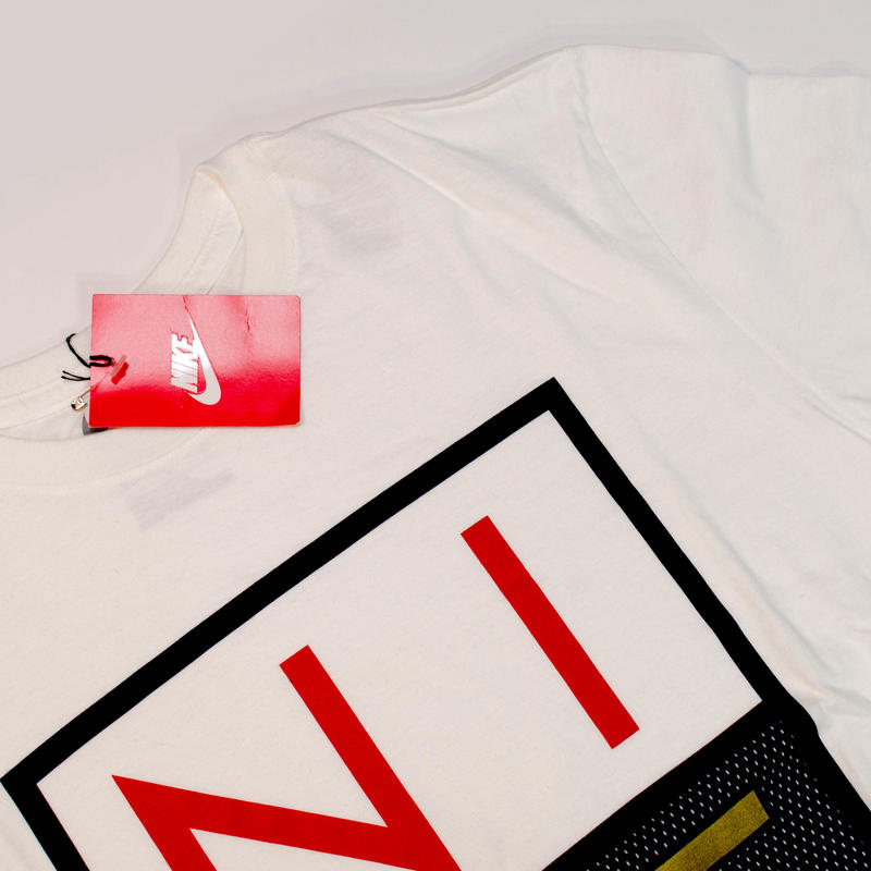 NIKE Tシャツ(ホワイト)