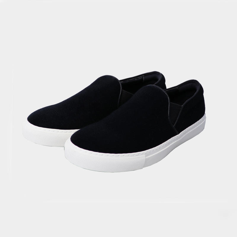 neu. SLIP-ON (MENS) BLACK