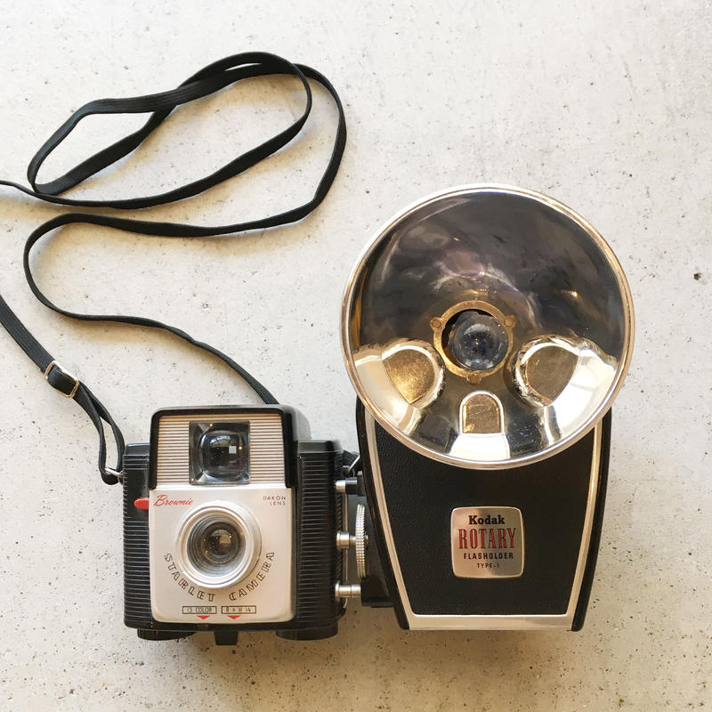 Shingo Wakagi | Kodak Brownie Starflex Camera  with ROTARY Flashholder