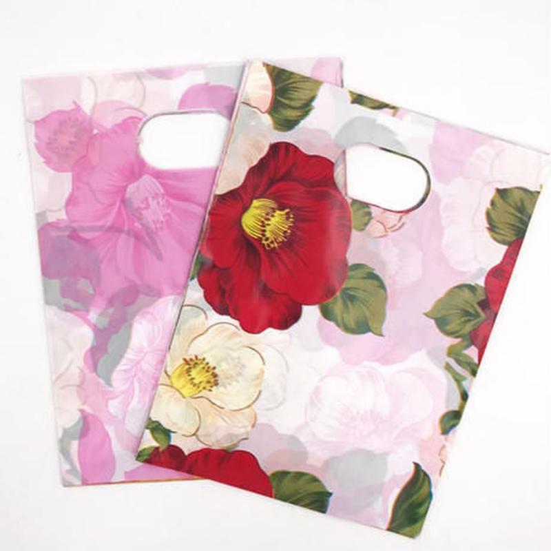 新品送料込 ギフトバッグ 手提げ袋 100枚セット 花柄 椿 赤 白 バレンタイン お誕生日会 結婚式 ラッピング プレゼント