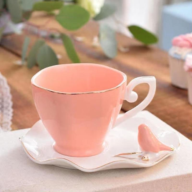 新品送料込 ティーカップ 220ml ソーサー スプーン 3点セット 鳥のスプーン置 磁器 コーヒー お茶会に 食器 高級装飾 贈り物