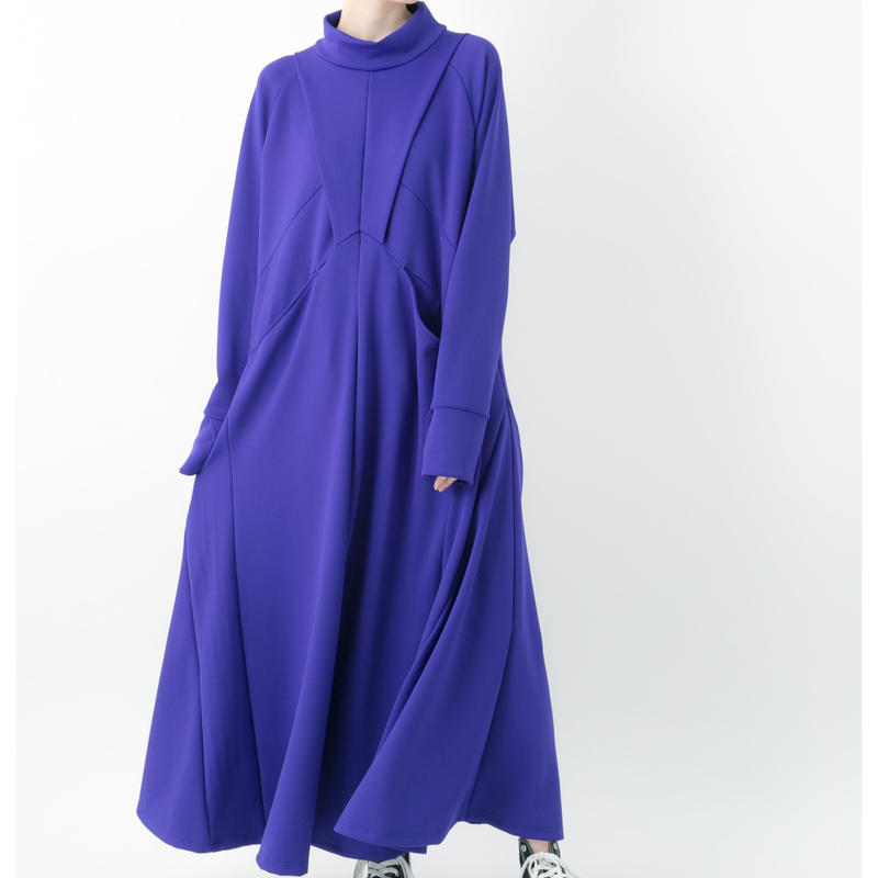 【19-20A/W 受注予約商品】Punch one-piece (BLUE , BLACK)