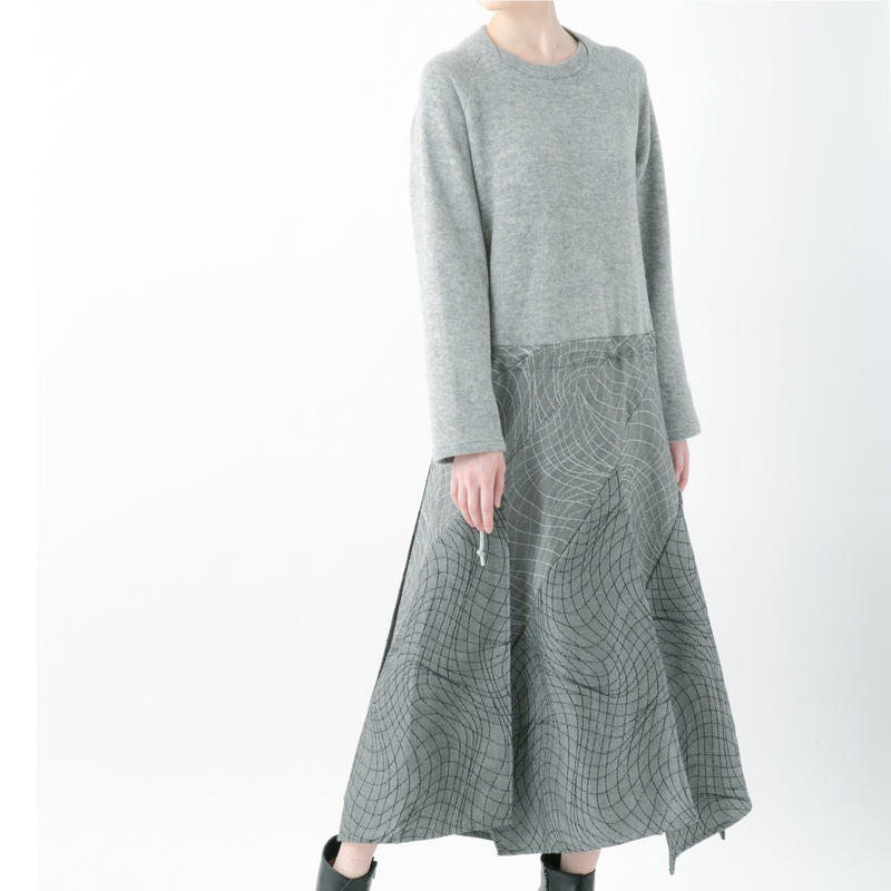 【19-20A/W 受注予約商品】Distortion knit one-piece (GRAY , RED , BLACK)