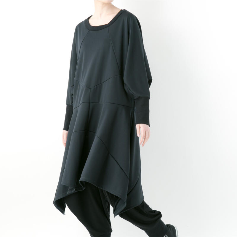 【19-20A/W 受注予約商品】《BLACK by -niitu-》Stretch punch one-piece (BLACK)