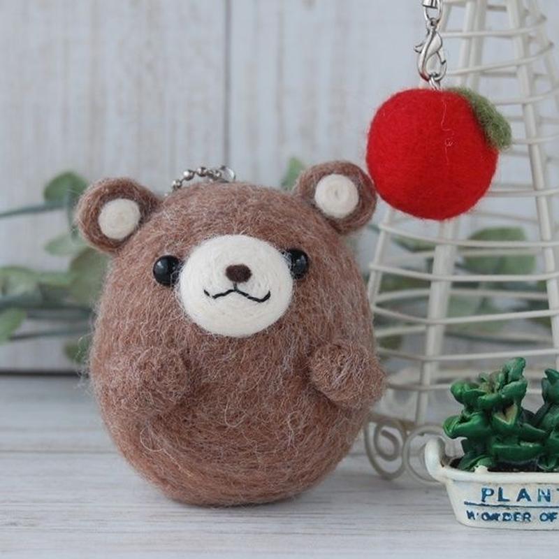 羊毛フェルトキット【6】くまちゃんとりんご