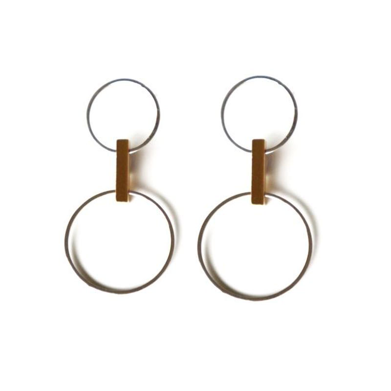 two circle bar pierce/earring