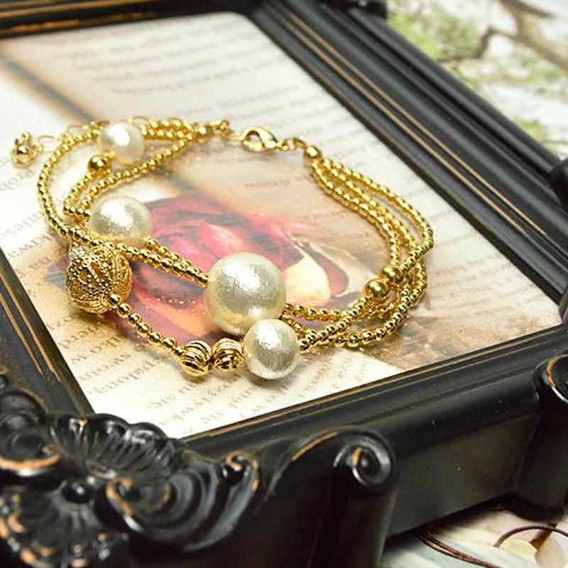 コットンパールホワイト、カット水晶、透かし金具、メタルビーズ、内径約16~21cm(アジャスターで調整可)