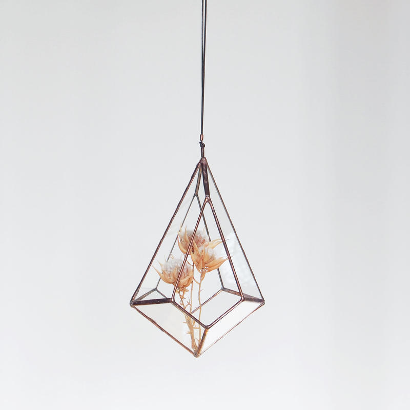 hanging flowervase/drop/antique