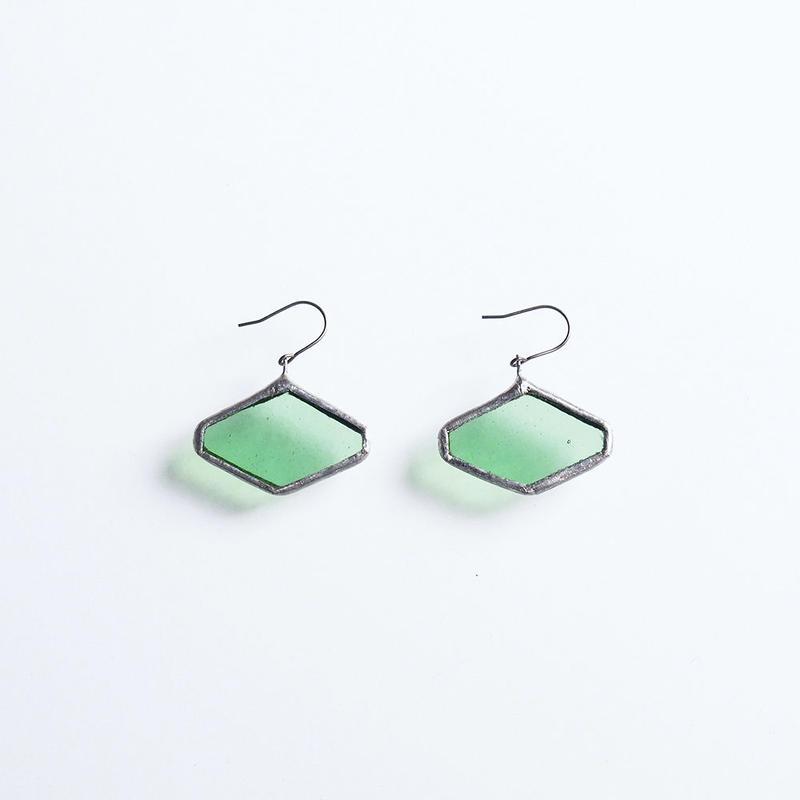 hexagon pierce / liget green