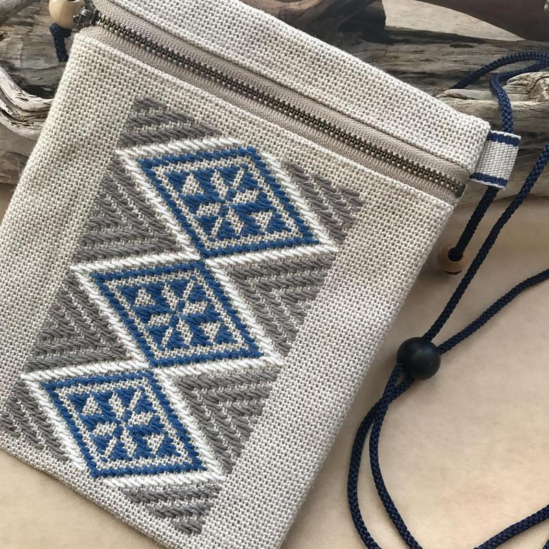 菱刺し福財布(草木染め)