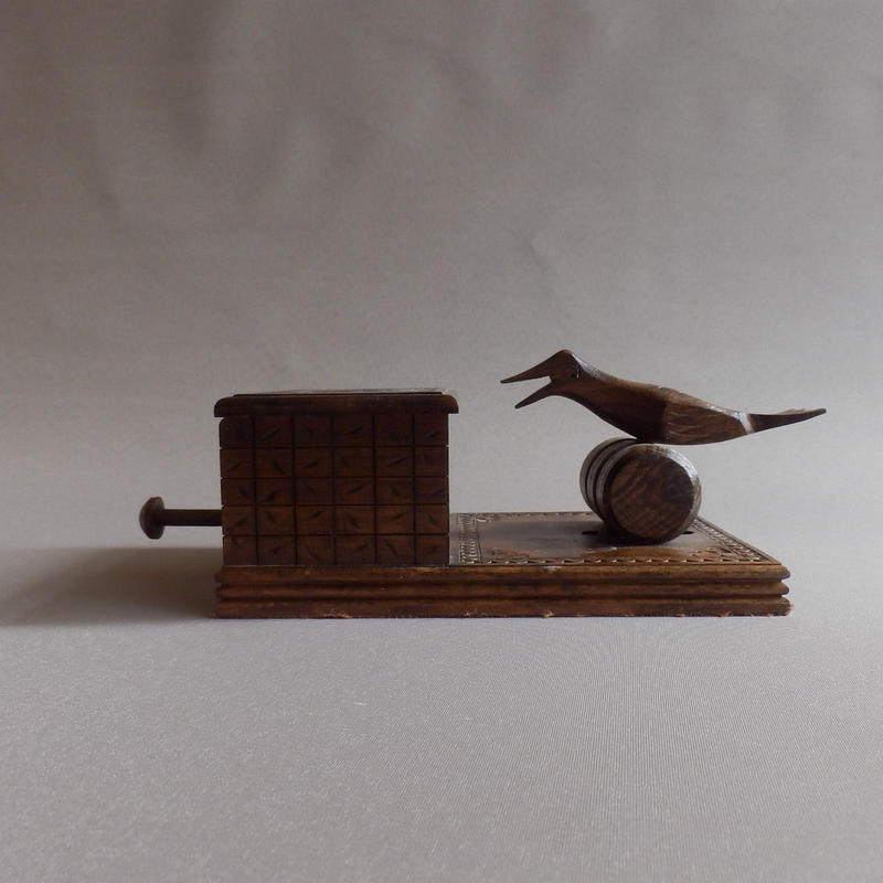 NA181 からくり仕掛けの木製タバコボックス